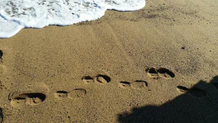 Footprints in the sand, my home will be always the Baltic Sea - but I'm so exited to see the whole world