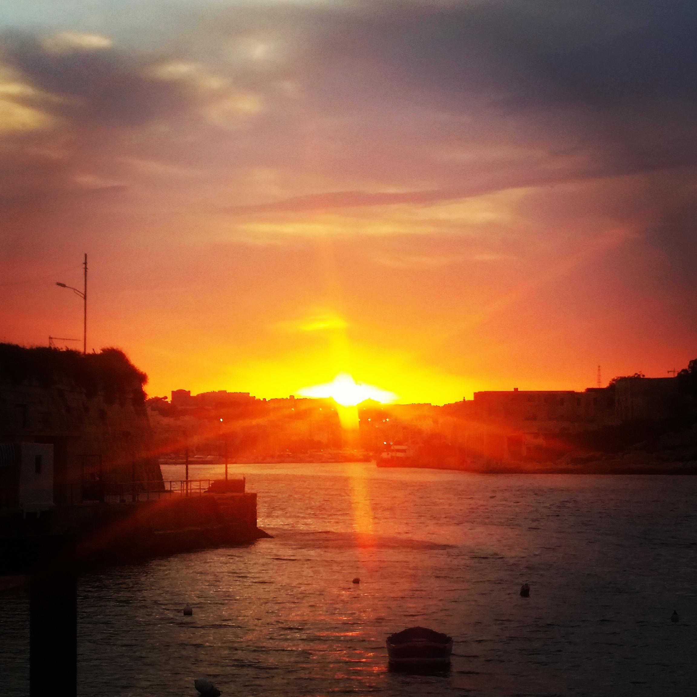 Sunset at Valletta Bay